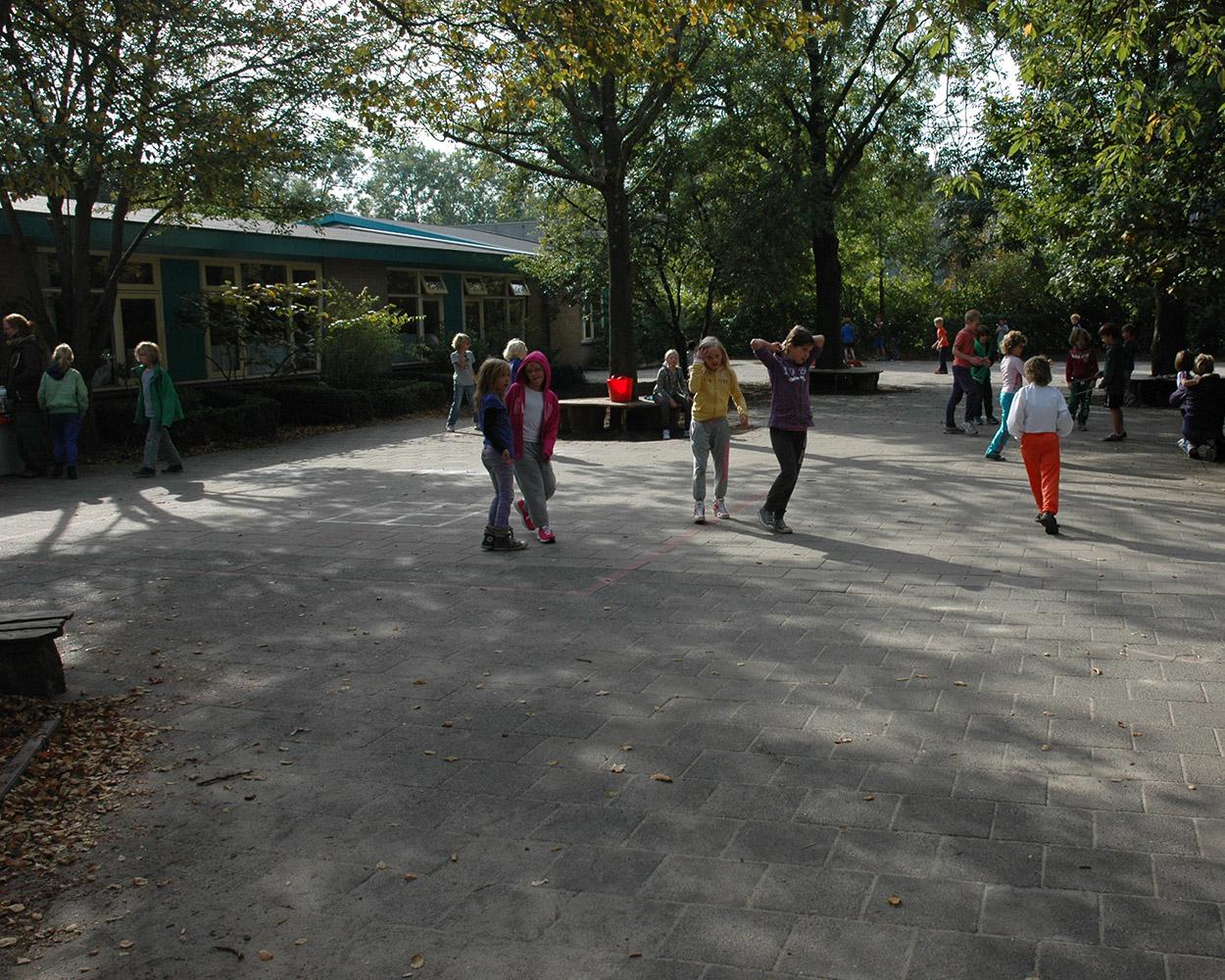 2013-10 spelen schoolplein HivDr__DSC_5978